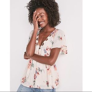 Lucky Brand Flutter Sleeve Floral Cut-Out Top XS